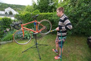 Stand for washing and repairing bikes
